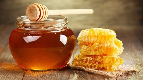 làm trắng da bằng mật ong